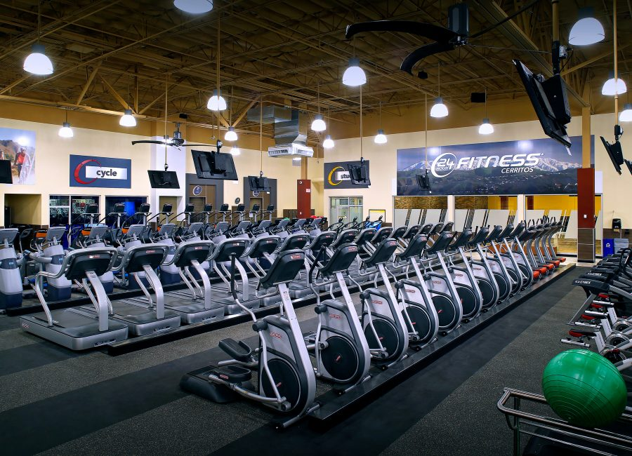 Cardio 24 Hour Fitness Space