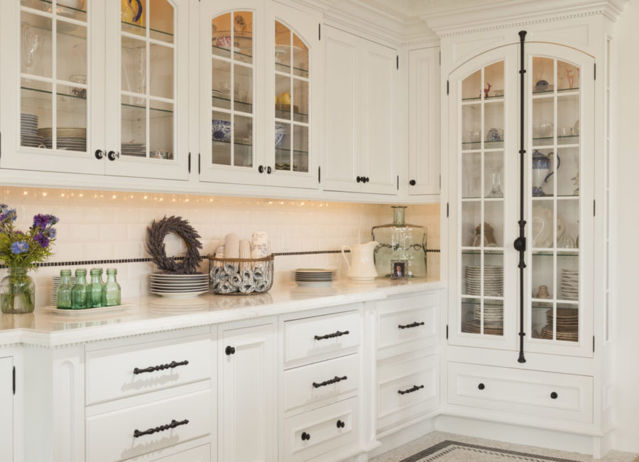 Butler pantry in custom home -designed by Think Architecture