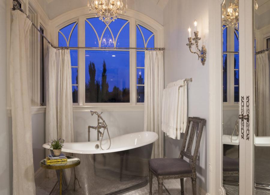 luxury master bathroom in Utah custom built home