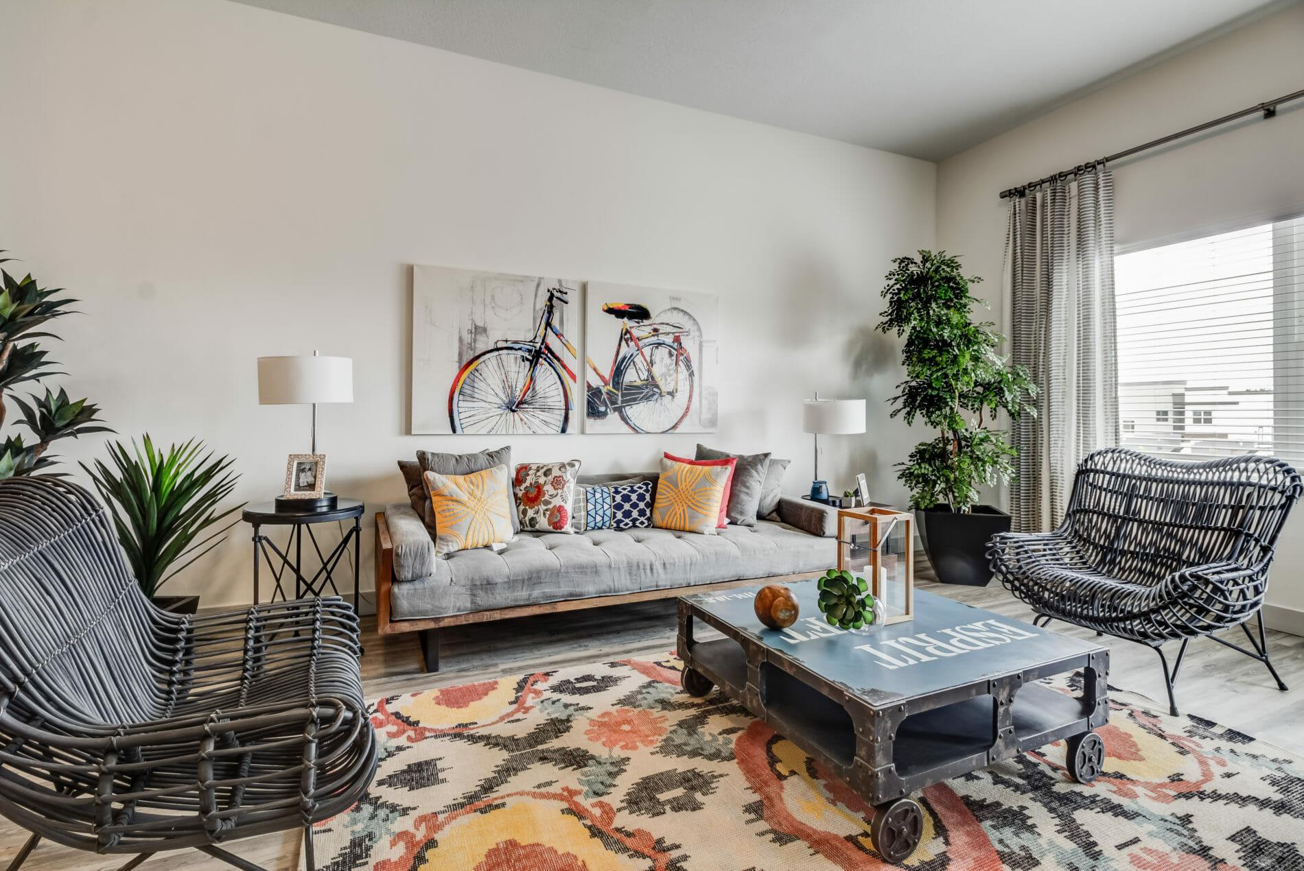 Professional Interior Design Tricks For Decorating Small Spaces
